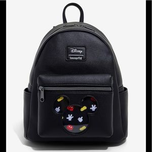 Loungefly  Mickey Mouse Pin collector Backpack